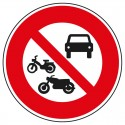 Interdit à tous les véhicules à moteur