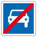 Sortie d'une route pour automobiles